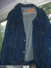 Levi  Levis Jean Jacket  Blue Denim size 42 R red tab
