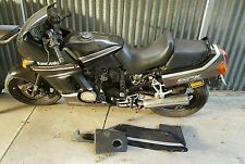 Kawasaki gpx 600 wrecking all parts available  (this auction is for one bolt )