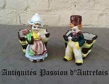 B20150650 - Paire de petites figurines jardinières en faïence - Très bon état