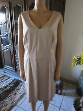 Wunderschönes  Sarah Kern Kleid in beige Gr.54