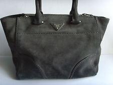 Schöne Tasche - Leder - Luxus Marke Original PRADA