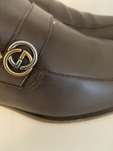 Authentic Brown Logo Leather Loafers Shoes   299.99