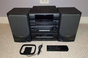 1992 AIWA NSX-330 STEREO SYSTEM CD/DUAL CASSETTE/RADIO/SX-N330 SPEAKERS/REMOTE