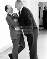 LYNDON B. JOHNSON LAUGHS w/ SUPREME COURT NOMINEE ABE FORTAS  8X10 PHOTO (RT629)