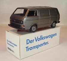 Schabak 1/43 VW Transporter Caravelle Syncro graumetallic in Werbebox #2165