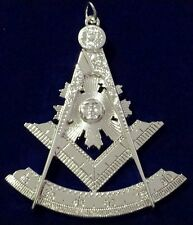 Past Master Collar Jewel in Silver Tone