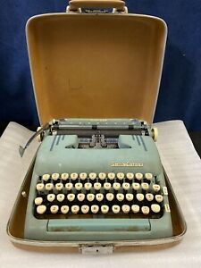 Smith Corona Silent Super Automatic Vintage Electric Typewriter wHard Shell Case