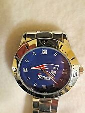 """NEW ENGLAND PATRIOTS"" CUSTOM CASUAL STAINLESS STEEL BAND DRESS WRIST WATCH NEW"""
