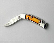 BUCK KNIFES NOVELTY FOLDING KNIFE LAPEL PIN BADGE 1 INCH