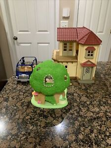 Epoch Sylvanian Family Calico Critter Red Roof Country Doll House Tree Car Lot