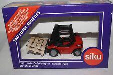 Siku Germany 1717 Forklift Truck, 1:55 Scale, Lot #2