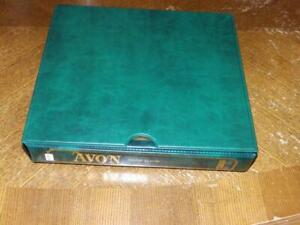 (5530) GUYANA COLLECTION M & U IN SG AVON ALBUM + SLIPCASE