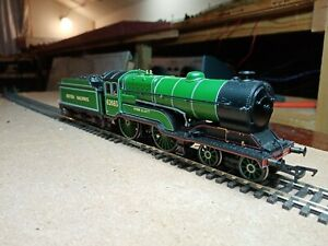 OO gauge Bachmann D11/2 4-4-0 62683 in LNER Apple green. DCC Ready, runs nicely