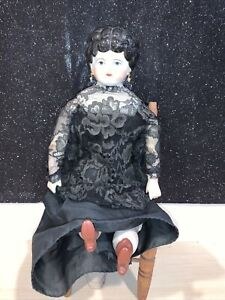 """ANTIQUE VINTAGE CHINA HEAD DOLL BLACK HAIR 17""""TALL UNMARKED LOVELY DOLL"""