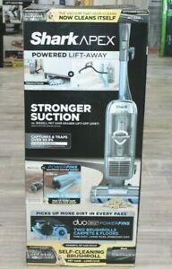 NEW Shark APEX Powered Lift-Away Upright Vacuum Duo Clean Powerfins AZ1501