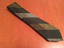 """vtg 60s Liebert for Sohn's Green Gold Chevron 100% Silk Tie Semi Skinny 55"""" 3"""""""