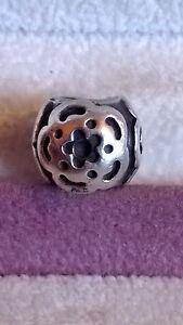 GENUINE PANDORA Sterling Silver 925 ale Three Flower Charm Bead 790186