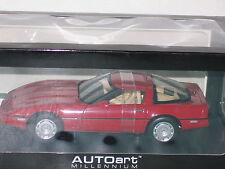 1/18 AUTOART 1986 CHEVROLET CORVETTE RED NEW