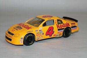 1995 Racing Champions NASCAR 1:24 Sterling Marlin #4 Kodak Diecast Car