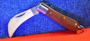 """ALBAINOX""  Miniature GRAFT Folding Spanish Pocket Knife / Key ring    c.1989's"