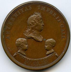 Louis XIV Naissance du Duc d'Anjou 10 Décembre 1683 Médaille par Mauger