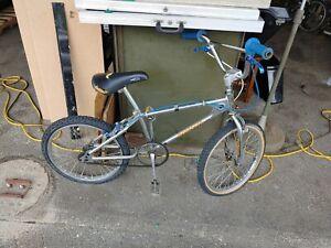 VINTAGE MONGOOSE BMX BICYCLE BIKE