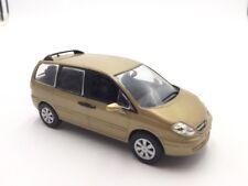 citroen c8  1/43  les voitures françaises norev n39/135+ fascicule