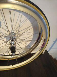 campagnolo shamal tubular wheelset 8 speed amazing condition