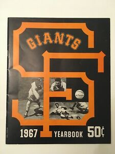 1967 San Francisco Giants Yearbook Very Good Condition