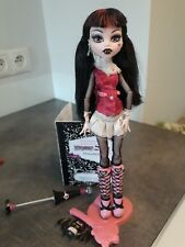 Monster High Draculaura First Edition