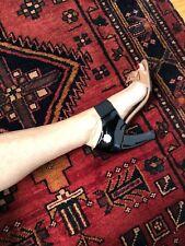 PRADA Runway 2007 Vernis Beige Black Peep Toe Bow Sandals Size 39.5 Heels Italy