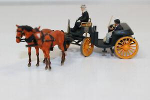 zx4123, Alte Preiser Kutsche mit Kutscher usw... siehe Fotos 1:87 H0