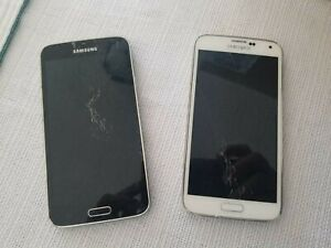 Lot of two Samsung Galaxy S5 Sprint phones - well used **LOOK**