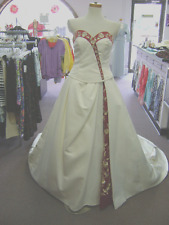 NWT  IVORY RED+GOLD STRAPLESS WEDDING DRESS/ BALLGOWN,PRINCESS CORSET SIZE 4