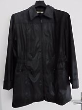 TRENCH IMPERMEABLE NOIR. EFFET HUILE. JACQUELINE RIU. TAILLE 4 / 44 / 46