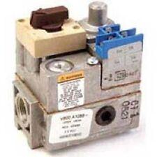 """Honeywell Standard Pilot Gas Valve 24 Vac - 3/4"""" x 3/4"""" Inlet/Outlet V800A1591"""