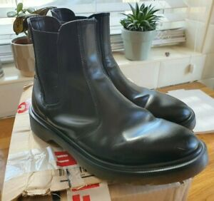 Doc Martens Chelsea Boots Size 6