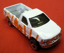 1996 HOT WHEELS-1/64 White Diecast-1997 Ford F-150 Pick-Up Truck-Malaysia LN