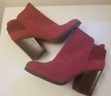 KENNETH COLE REACTION Women's Red NEW Ankle Boots 8.5 M Wood Heels Bootie NWOB