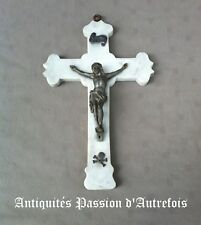 B2017671 - Crucifix en marbre avec Christ en régule - 34 cm de hauteur