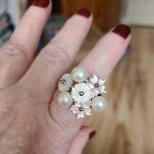White Fresh Water Pearl With White And Pink Mother Of Pearl 925 Ring Size 7