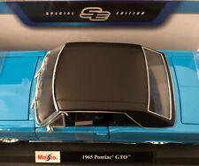 MAISTO 1:18 Scale - 1965 Pontiac GTO - Turquoise - Diecast Model Car