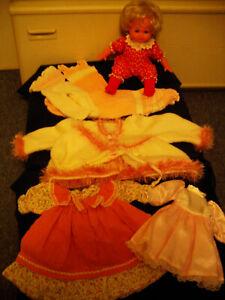 Puppenbekleidungen plus Schlummerle von Schildkröt, Gr. 30 bis 50