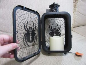 NEW Maker's Halloween Decor SPIDER candle LED lantern. Working
