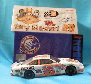 1:24 scale Die-Cast Autographed Tony Stewart Home Depot Kids Workshop Stock Car