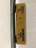 HO Scale Bachmann Milwaukee Road Box Car MILW 56500