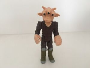 KENNER VINTAGE 1983 STAR WARS FIGURE RETURN OF THE JEDI REE-YEES NO COO