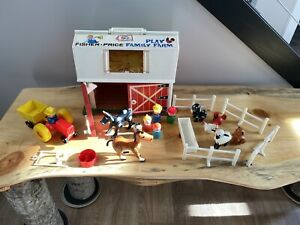 Vintage Fisher Price Little People Family Play Farm 1967