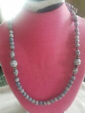 BEAUTIFUL BLUE BEADED NECKLACE WITH CARVED BEADS