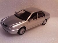 SOLIDO 1/43 LANCIA LYBRA 1999 NEW IN TIN WITH CARDBOARD SLEEVE SILVER VERSION